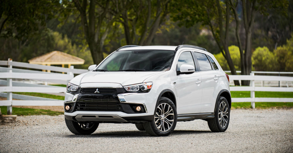 2017 Mitsubishi Outlander: Checking Off Boxes For You