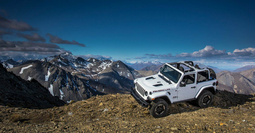 A New Jeep Wrangler SUV with Old-School Swagger